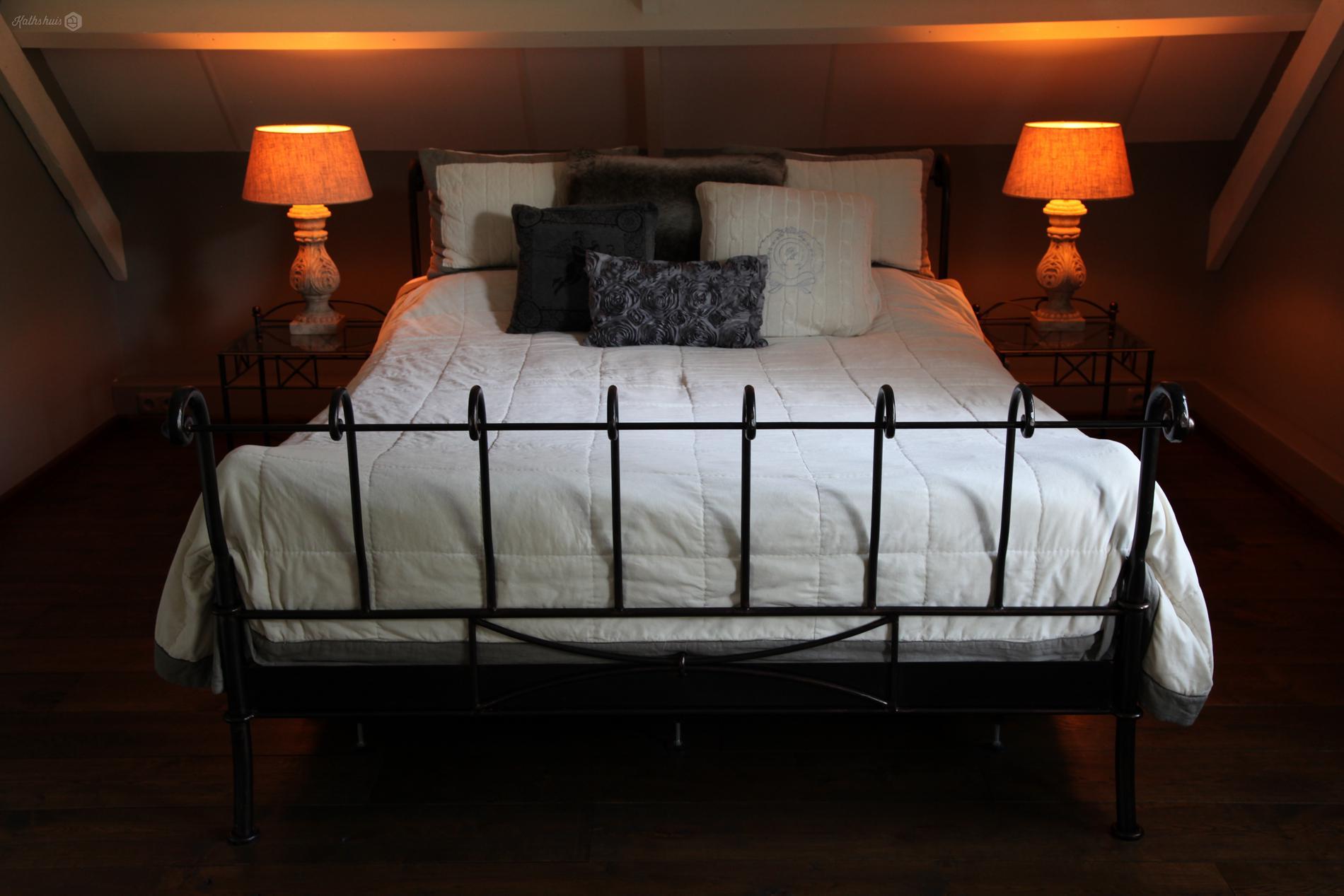 Kathshuis - Inrichting slaapkamer in landelijk-klassieke stijl ...